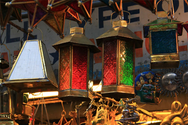 Know These Top 5 Decorative Items Market In Delhi