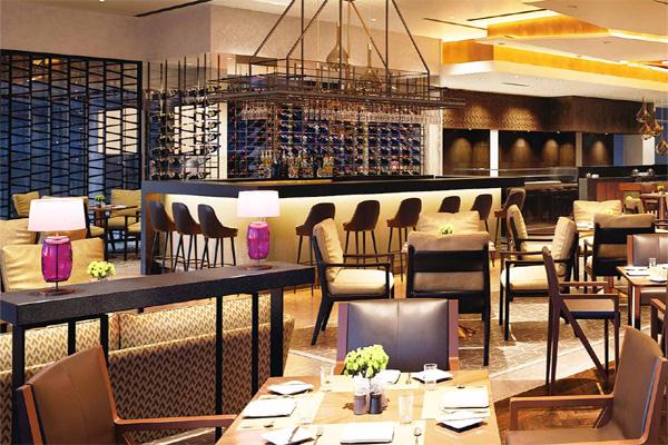 Most Luxurious And Flamboyant 5 Star Restaurants In Delhi